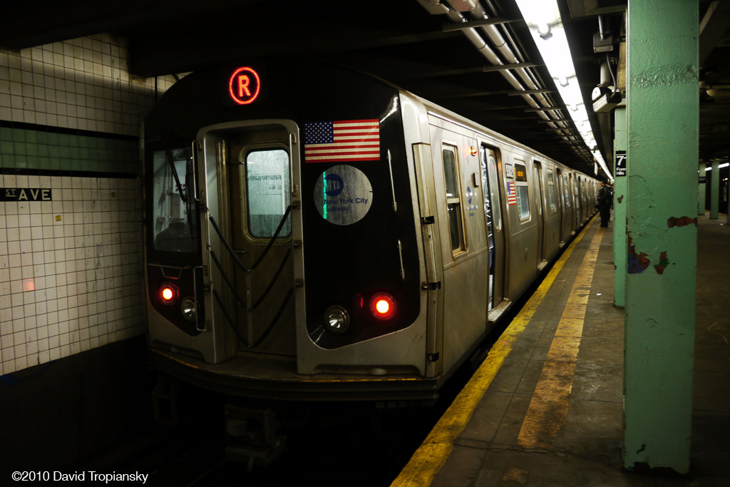 (198k, 1024x683)<br><b>Country:</b> United States<br><b>City:</b> New York<br><b>System:</b> New York City Transit<br><b>Line:</b> IND Queens Boulevard Line<br><b>Location:</b> 71st/Continental Aves./Forest Hills <br><b>Route:</b> R<br><b>Car:</b> R-160A (Option 1) (Alstom, 2008-2009, 5 car sets)  9302 <br><b>Photo by:</b> David Tropiansky<br><b>Date:</b> 4/3/2010<br><b>Viewed (this week/total):</b> 5 / 1550