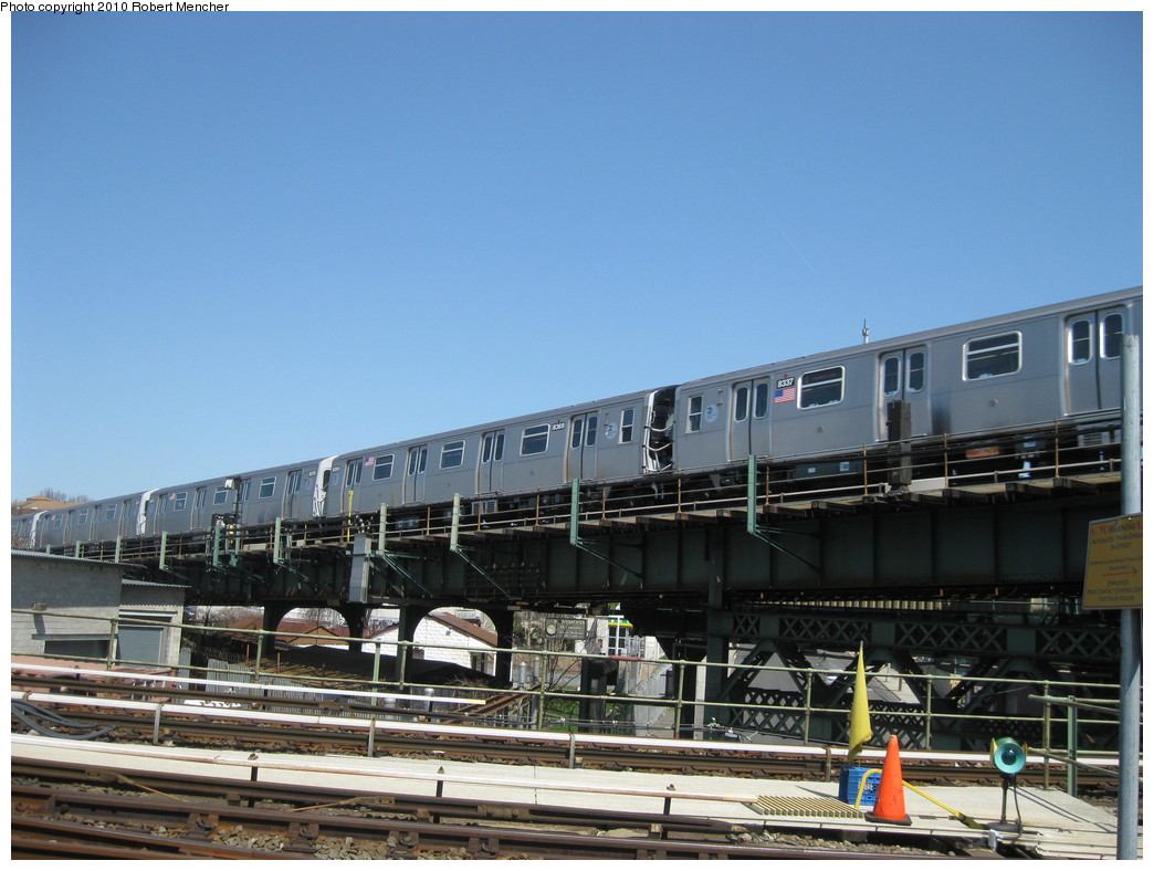 (206k, 1044x788)<br><b>Country:</b> United States<br><b>City:</b> New York<br><b>System:</b> New York City Transit<br><b>Line:</b> BMT Canarsie Line<br><b>Location:</b> Broadway Junction <br><b>Route:</b> L<br><b>Car:</b> R-143 (Kawasaki, 2001-2002) 8309 <br><b>Photo by:</b> Robert Mencher<br><b>Date:</b> 4/4/2010<br><b>Viewed (this week/total):</b> 0 / 455