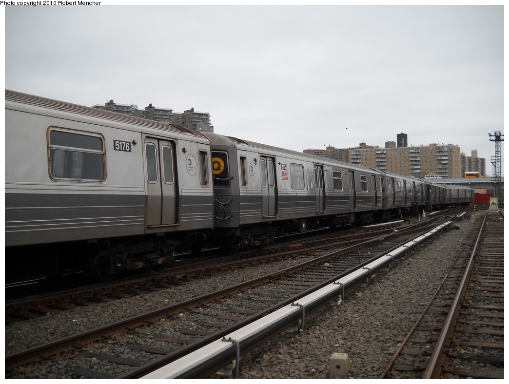 (218k, 1044x788)<br><b>Country:</b> United States<br><b>City:</b> New York<br><b>System:</b> New York City Transit<br><b>Location:</b> Coney Island Yard<br><b>Car:</b> R-68A (Kawasaki, 1988-1989)  5114 <br><b>Photo by:</b> Robert Mencher<br><b>Date:</b> 4/16/2010<br><b>Viewed (this week/total):</b> 4 / 491