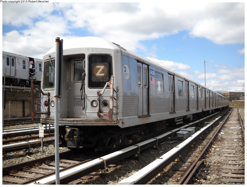 (255k, 1044x788)<br><b>Country:</b> United States<br><b>City:</b> New York<br><b>System:</b> New York City Transit<br><b>Location:</b> East New York Yard/Shops<br><b>Car:</b> R-42 (St. Louis, 1969-1970)  4829 <br><b>Photo by:</b> Robert Mencher<br><b>Date:</b> 4/18/2010<br><b>Viewed (this week/total):</b> 1 / 519