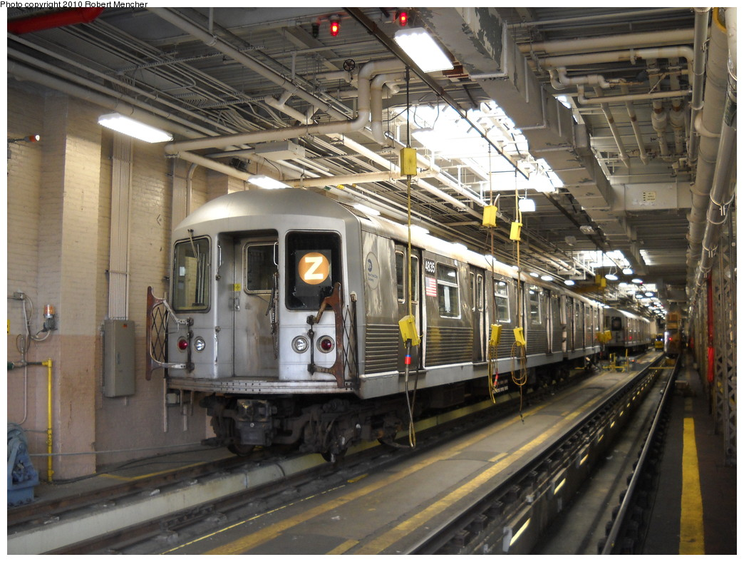 (278k, 1044x788)<br><b>Country:</b> United States<br><b>City:</b> New York<br><b>System:</b> New York City Transit<br><b>Location:</b> East New York Yard/Shops<br><b>Car:</b> R-42 (St. Louis, 1969-1970)  4835 <br><b>Photo by:</b> Robert Mencher<br><b>Date:</b> 4/21/2010<br><b>Viewed (this week/total):</b> 0 / 785