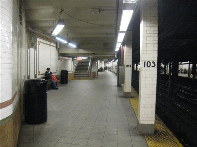 (51k, 640x480)<br><b>Country:</b> United States<br><b>City:</b> New York<br><b>System:</b> New York City Transit<br><b>Line:</b> IRT West Side Line<br><b>Location:</b> 103rd Street <br><b>Photo by:</b> David Blair<br><b>Date:</b> 4/1/2008<br><b>Viewed (this week/total):</b> 4 / 530