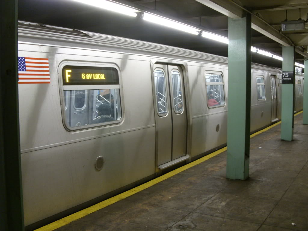(130k, 1024x768)<br><b>Country:</b> United States<br><b>City:</b> New York<br><b>System:</b> New York City Transit<br><b>Line:</b> IND Queens Boulevard Line<br><b>Location:</b> 75th Avenue <br><b>Route:</b> F<br><b>Car:</b> R-160A/R-160B Series (Number Unknown)  <br><b>Photo by:</b> Leonard Wilson<br><b>Date:</b> 2/19/2010<br><b>Viewed (this week/total):</b> 3 / 1865
