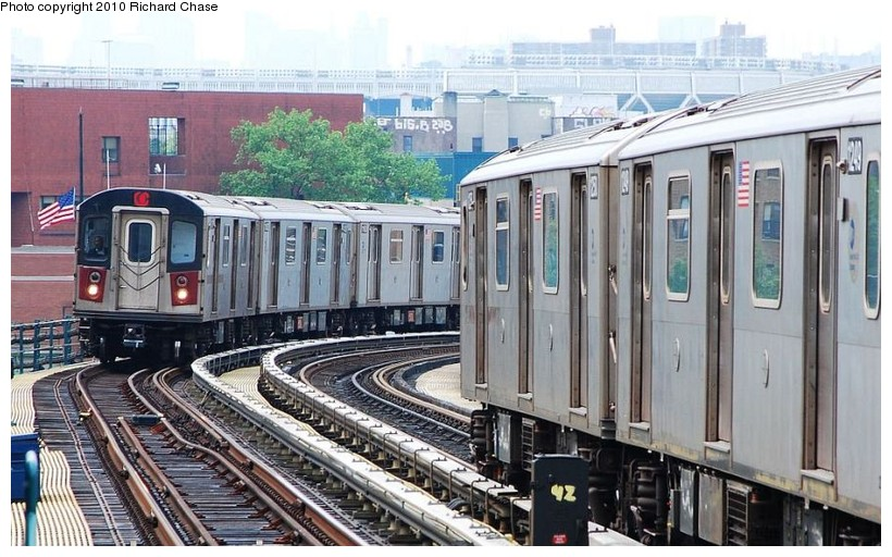 (140k, 820x512)<br><b>Country:</b> United States<br><b>City:</b> New York<br><b>System:</b> New York City Transit<br><b>Line:</b> IRT Woodlawn Line<br><b>Location:</b> 170th Street <br><b>Route:</b> 4<br><b>Car:</b> R-142 or R-142A (Number Unknown)  <br><b>Photo by:</b> Richard Chase<br><b>Date:</b> 5/8/2010<br><b>Viewed (this week/total):</b> 1 / 752