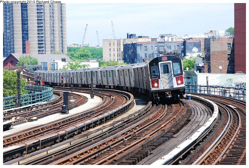 (185k, 820x555)<br><b>Country:</b> United States<br><b>City:</b> New York<br><b>System:</b> New York City Transit<br><b>Line:</b> IRT Woodlawn Line<br><b>Location:</b> Bedford Park Boulevard <br><b>Route:</b> 4<br><b>Car:</b> R-142 or R-142A (Number Unknown)  <br><b>Photo by:</b> Richard Chase<br><b>Date:</b> 5/8/2010<br><b>Viewed (this week/total):</b> 2 / 560