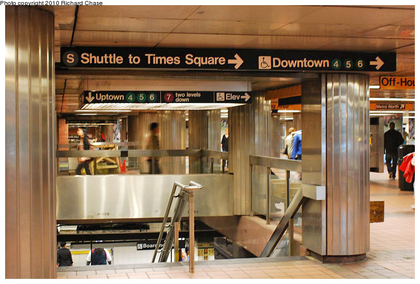 (197k, 820x555)<br><b>Country:</b> United States<br><b>City:</b> New York<br><b>System:</b> New York City Transit<br><b>Line:</b> IRT East Side Line<br><b>Location:</b> Grand Central <br><b>Photo by:</b> Richard Chase<br><b>Date:</b> 5/9/2010<br><b>Notes:</b> Stairs from mezz. to platform.<br><b>Viewed (this week/total):</b> 3 / 1038
