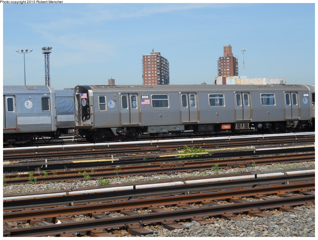 (289k, 1044x788)<br><b>Country:</b> United States<br><b>City:</b> New York<br><b>System:</b> New York City Transit<br><b>Location:</b> Coney Island Yard<br><b>Car:</b> R-160B (Kawasaki, 2005-2008)  8898 <br><b>Photo by:</b> Robert Mencher<br><b>Date:</b> 5/26/2010<br><b>Viewed (this week/total):</b> 1 / 288