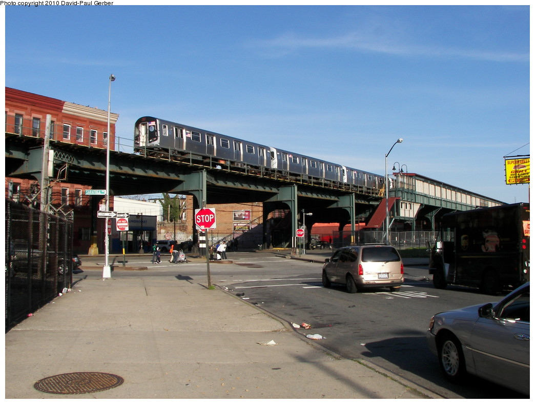 (255k, 1044x788)<br><b>Country:</b> United States<br><b>City:</b> New York<br><b>System:</b> New York City Transit<br><b>Line:</b> BMT Nassau Street/Jamaica Line<br><b>Location:</b> Halsey Street <br><b>Route:</b> J<br><b>Car:</b> R-160A-1 (Alstom, 2005-2008, 4 car sets)  8612 <br><b>Photo by:</b> David-Paul Gerber<br><b>Date:</b> 4/2/2010<br><b>Notes:</b> On Jefferson Ave, east of Saratoga Ave. Jamaica bound J skip-stop train.<br><b>Viewed (this week/total):</b> 2 / 1266