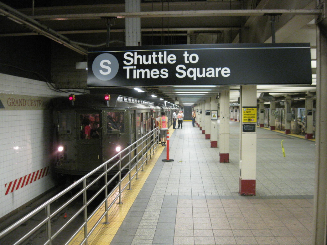 (456k, 1044x783)<br><b>Country:</b> United States<br><b>City:</b> New York<br><b>System:</b> New York City Transit<br><b>Line:</b> IRT Times Square-Grand Central Shuttle<br><b>Location:</b> Grand Central <br><b>Route:</b> Fan Trip<br><b>Car:</b> Low-V (Museum Train) 5292 <br><b>Photo by:</b> Gary Chatterton<br><b>Date:</b> 6/6/2010<br><b>Viewed (this week/total):</b> 3 / 1263