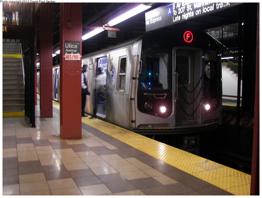 (238k, 1044x788)<br><b>Country:</b> United States<br><b>City:</b> New York<br><b>System:</b> New York City Transit<br><b>Line:</b> IND Fulton Street Line<br><b>Location:</b> Utica Avenue <br><b>Route:</b> F reroute<br><b>Car:</b> R-160B (Option 2) (Kawasaki, 2009)  9892 <br><b>Photo by:</b> David-Paul Gerber<br><b>Date:</b> 4/17/2010<br><b>Viewed (this week/total):</b> 0 / 800