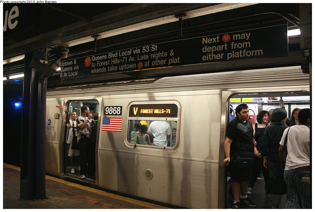(213k, 1044x703)<br><b>Country:</b> United States<br><b>City:</b> New York<br><b>System:</b> New York City Transit<br><b>Line:</b> IND 6th Avenue Line<br><b>Location:</b> 2nd Avenue <br><b>Route:</b> V<br><b>Car:</b> R-160B (Option 2) (Kawasaki, 2009)  9868 <br><b>Photo by:</b> John Barnes<br><b>Date:</b> 6/25/2010<br><b>Notes:</b> V train final run.<br><b>Viewed (this week/total):</b> 2 / 1898