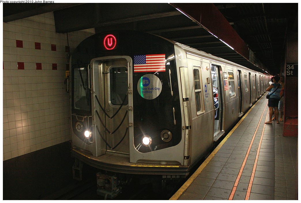 (198k, 1044x703)<br><b>Country:</b> United States<br><b>City:</b> New York<br><b>System:</b> New York City Transit<br><b>Line:</b> IND 6th Avenue Line<br><b>Location:</b> 34th Street/Herald Square <br><b>Route:</b> V<br><b>Car:</b> R-160B (Option 2) (Kawasaki, 2009)  9868 <br><b>Photo by:</b> John Barnes<br><b>Date:</b> 6/25/2010<br><b>Notes:</b> V train final run.<br><b>Viewed (this week/total):</b> 0 / 1527
