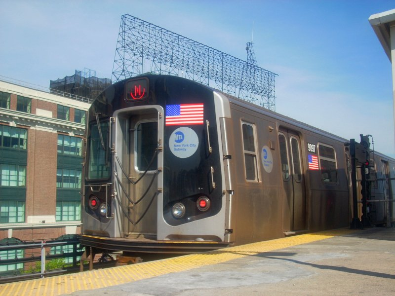 (130k, 800x600)<br><b>Country:</b> United States<br><b>City:</b> New York<br><b>System:</b> New York City Transit<br><b>Line:</b> BMT Astoria Line<br><b>Location:</b> Queensborough Plaza <br><b>Route:</b> N<br><b>Car:</b> R-160B (Option 1) (Kawasaki, 2008-2009)  9097 <br><b>Photo by:</b> Bill E.<br><b>Date:</b> 4/23/2010<br><b>Viewed (this week/total):</b> 2 / 567