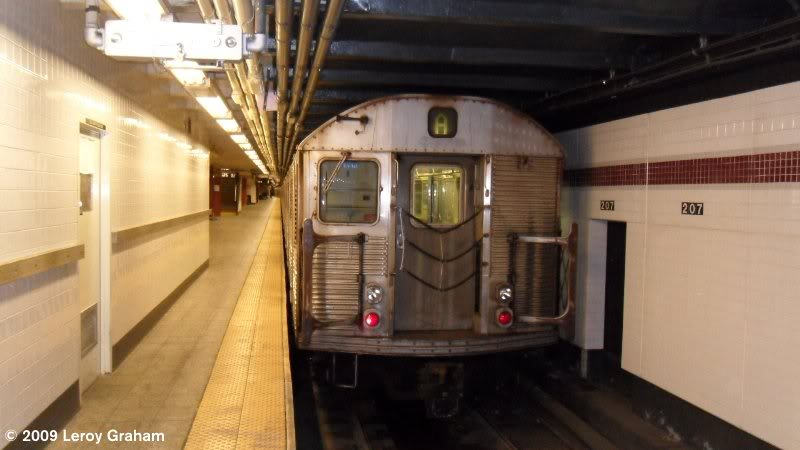 (47k, 800x450)<br><b>Country:</b> United States<br><b>City:</b> New York<br><b>System:</b> New York City Transit<br><b>Line:</b> IND 8th Avenue Line<br><b>Location:</b> 207th Street <br><b>Route:</b> A<br><b>Car:</b> R-32 (Budd, 1964)  3494 <br><b>Photo by:</b> Leroy Graham<br><b>Date:</b> 11/1/2009<br><b>Viewed (this week/total):</b> 2 / 436