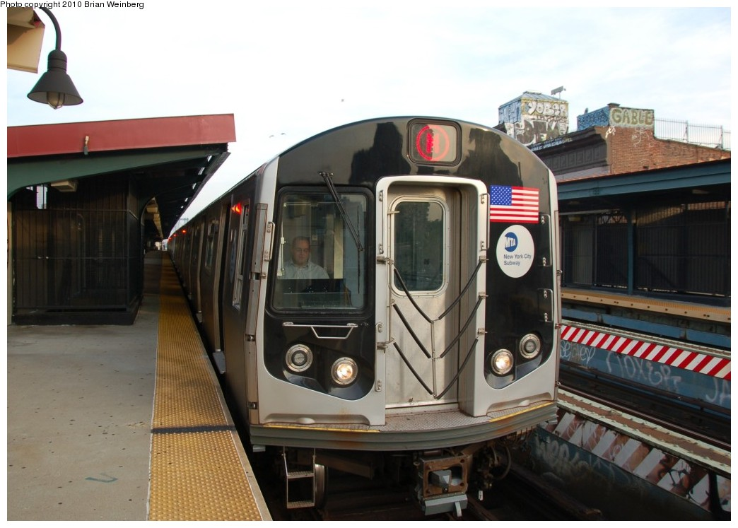 (225k, 1044x747)<br><b>Country:</b> United States<br><b>City:</b> New York<br><b>System:</b> New York City Transit<br><b>Line:</b> BMT Nassau Street/Jamaica Line<br><b>Location:</b> Hewes Street <br><b>Route:</b> M<br><b>Car:</b> R-160A-1 (Alstom, 2005-2008, 4 car sets)  8641 <br><b>Photo by:</b> Brian Weinberg<br><b>Date:</b> 6/28/2010<br><b>Notes:</b> This was the first southbound Orange (M) through the Chrystie Street Connection.<br><b>Viewed (this week/total):</b> 0 / 558