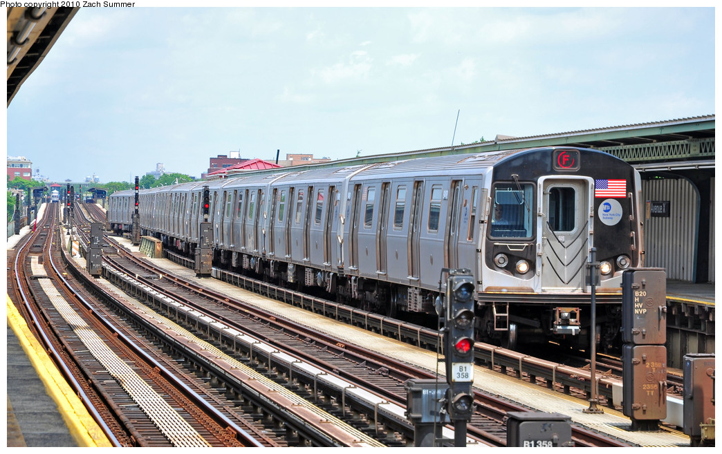 (286k, 1044x657)<br><b>Country:</b> United States<br><b>City:</b> New York<br><b>System:</b> New York City Transit<br><b>Line:</b> BMT Culver Line<br><b>Location:</b> Avenue X <br><b>Route:</b> F<br><b>Car:</b> R-160A (Option 1) (Alstom, 2008-2009, 5 car sets)  9488 <br><b>Photo by:</b> Zach Summer<br><b>Date:</b> 6/23/2010<br><b>Viewed (this week/total):</b> 1 / 563