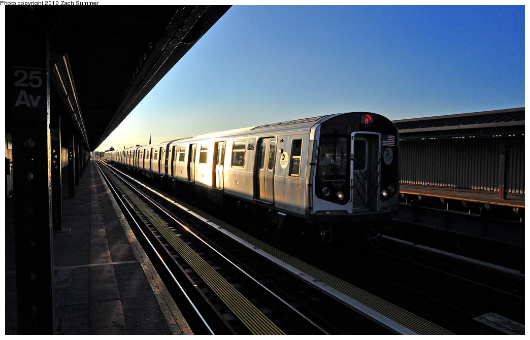 (214k, 1044x670)<br><b>Country:</b> United States<br><b>City:</b> New York<br><b>System:</b> New York City Transit<br><b>Line:</b> BMT West End Line<br><b>Location:</b> 25th Avenue <br><b>Route:</b> M yard move<br><b>Car:</b> R-160A-1 (Alstom, 2005-2008, 4 car sets)  8432 <br><b>Photo by:</b> Zach Summer<br><b>Date:</b> 6/24/2010<br><b>Viewed (this week/total):</b> 0 / 502