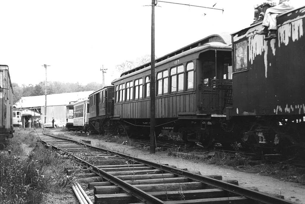 (172k, 1024x686)<br><b>Country:</b> United States<br><b>City:</b> East Haven/Branford, Ct.<br><b>System:</b> Shore Line Trolley Museum <br><b>Car:</b> BMT Elevated Gate Car 197 <br><b>Collection of:</b> George Conrad Collection<br><b>Date:</b> 1956<br><b>Viewed (this week/total):</b> 1 / 422