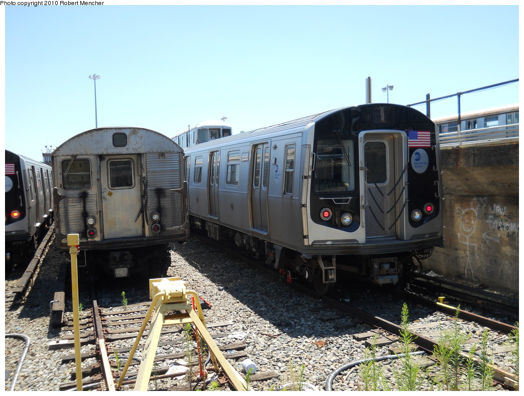 (302k, 1044x788)<br><b>Country:</b> United States<br><b>City:</b> New York<br><b>System:</b> New York City Transit<br><b>Location:</b> East New York Yard/Shops<br><b>Car:</b> R-160A-1 (Alstom, 2005-2008, 4 car sets)  8580 <br><b>Photo by:</b> Robert Mencher<br><b>Date:</b> 7/3/2010<br><b>Viewed (this week/total):</b> 0 / 289