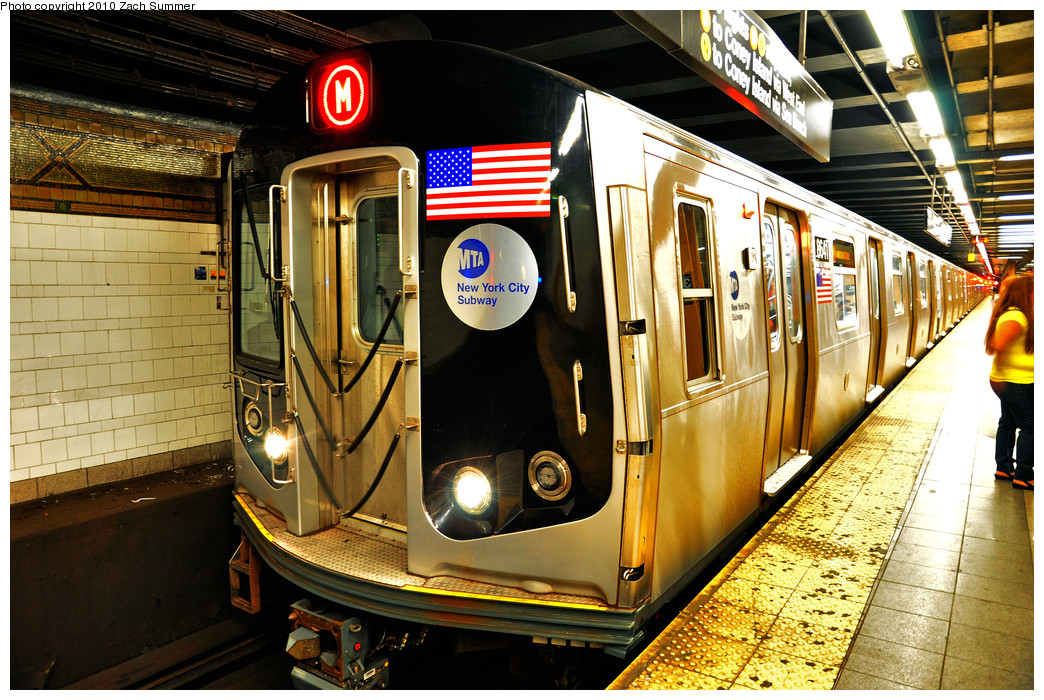 (354k, 1044x700)<br><b>Country:</b> United States<br><b>City:</b> New York<br><b>System:</b> New York City Transit<br><b>Line:</b> BMT 4th Avenue<br><b>Location:</b> 36th Street <br><b>Route:</b> M<br><b>Car:</b> R-160A-1 (Alstom, 2005-2008, 4 car sets)  8641 <br><b>Photo by:</b> Zach Summer<br><b>Date:</b> 6/25/2010<br><b>Notes:</b> The last Bay Parkway-bound M train via 4 Av/West End. Last day of Nassau St/South Brooklyn M service.<br><b>Viewed (this week/total):</b> 3 / 1314