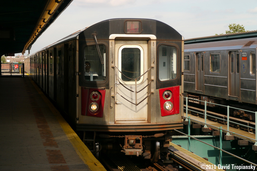 (228k, 1024x682)<br><b>Country:</b> United States<br><b>City:</b> New York<br><b>System:</b> New York City Transit<br><b>Line:</b> IRT Brooklyn Line<br><b>Location:</b> Van Siclen Avenue <br><b>Car:</b> R-142 or R-142A (Number Unknown)  <br><b>Photo by:</b> David Tropiansky<br><b>Date:</b> 7/15/2010<br><b>Viewed (this week/total):</b> 1 / 1113