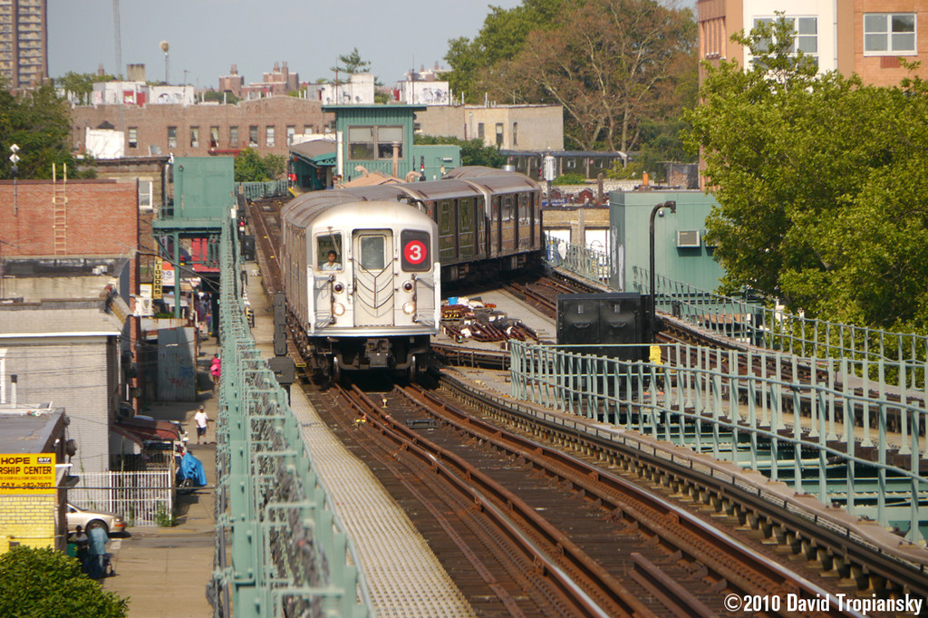 (365k, 1024x682)<br><b>Country:</b> United States<br><b>City:</b> New York<br><b>System:</b> New York City Transit<br><b>Line:</b> IRT Brooklyn Line<br><b>Location:</b> Van Siclen Avenue <br><b>Route:</b> 3<br><b>Car:</b> R-62 (Kawasaki, 1983-1985)   <br><b>Photo by:</b> David Tropiansky<br><b>Date:</b> 7/15/2010<br><b>Viewed (this week/total):</b> 7 / 1184