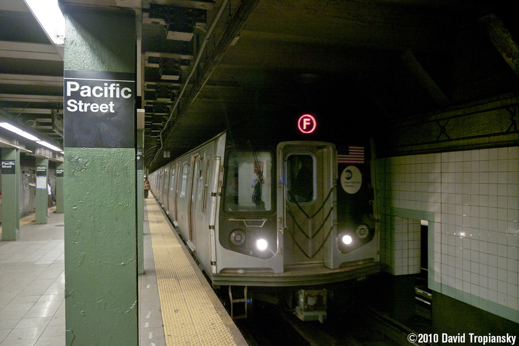 (214k, 1024x683)<br><b>Country:</b> United States<br><b>City:</b> New York<br><b>System:</b> New York City Transit<br><b>Line:</b> BMT 4th Avenue<br><b>Location:</b> Pacific Street <br><b>Route:</b> F Reroute<br><b>Car:</b> R-160B (Option 2) (Kawasaki, 2009)  9803 <br><b>Photo by:</b> David Tropiansky<br><b>Date:</b> 7/15/2010<br><b>Viewed (this week/total):</b> 1 / 787
