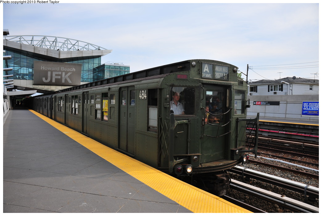 (244k, 1044x701)<br><b>Country:</b> United States<br><b>City:</b> New York<br><b>System:</b> New York City Transit<br><b>Line:</b> IND Rockaway<br><b>Location:</b> Howard Beach <br><b>Route:</b> Fan Trip<br><b>Car:</b> R-4 (American Car & Foundry, 1932-1933) 484 <br><b>Photo by:</b> Robert Taylor<br><b>Date:</b> 8/21/2010<br><b>Viewed (this week/total):</b> 1 / 1314