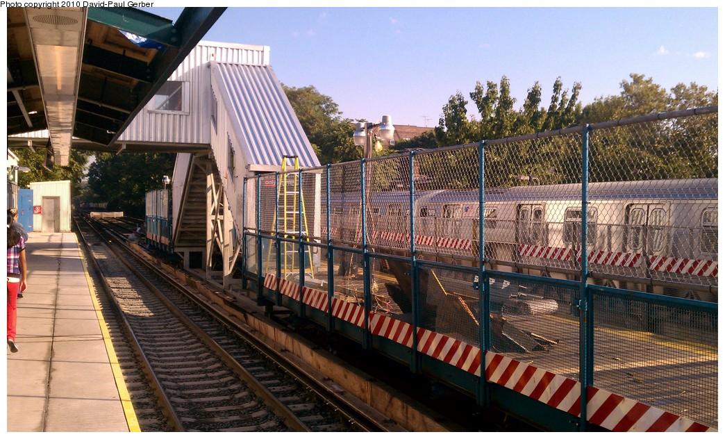 (239k, 1044x632)<br><b>Country:</b> United States<br><b>City:</b> New York<br><b>System:</b> New York City Transit<br><b>Line:</b> BMT Brighton Line<br><b>Location:</b> Avenue J <br><b>Photo by:</b> David-Paul Gerber<br><b>Date:</b> 9/14/2010<br><b>Notes:</b> Temporary platform over southbound express track.<br><b>Viewed (this week/total):</b> 3 / 1105