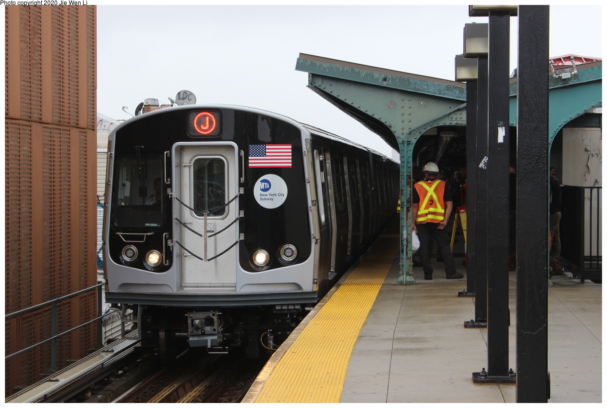 (306k, 1024x800)<br><b>Country:</b> United States<br><b>City:</b> New York<br><b>System:</b> New York City Transit<br><b>Line:</b> BMT Brighton Line<br><b>Location:</b> Kings Highway <br><b>Route:</b> Work Service<br><b>Car:</b> R-4 (American Car & Foundry, 1932-1933)  <br><b>Collection of:</b> George Conrad Collection<br><b>Date:</b> 7/15/1970<br><b>Viewed (this week/total):</b> 6 / 847