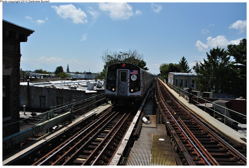 (293k, 1044x705)<br><b>Country:</b> United States<br><b>City:</b> New York<br><b>System:</b> New York City Transit<br><b>Line:</b> BMT Myrtle Avenue Line<br><b>Location:</b> Fresh Pond Road <br><b>Route:</b> M<br><b>Car:</b> R-160A-1 (Alstom, 2005-2008, 4 car sets)  8617 <br><b>Photo by:</b> DeAndre Burrell<br><b>Date:</b> 8/2/2010<br><b>Viewed (this week/total):</b> 0 / 473