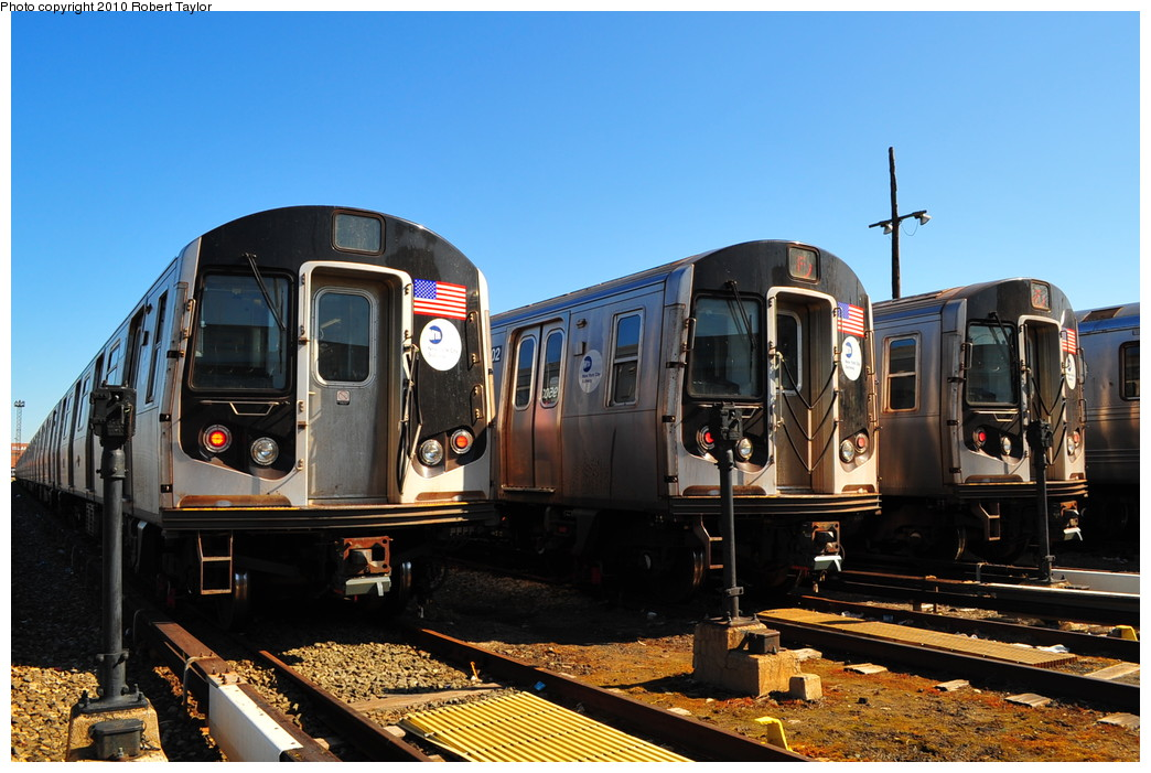 (266k, 1044x701)<br><b>Country:</b> United States<br><b>City:</b> New York<br><b>System:</b> New York City Transit<br><b>Location:</b> Coney Island Yard<br><b>Car:</b> R-160A/R-160B Series (Number Unknown)  <br><b>Photo by:</b> Robert Taylor<br><b>Date:</b> 4/23/2010<br><b>Viewed (this week/total):</b> 1 / 1250