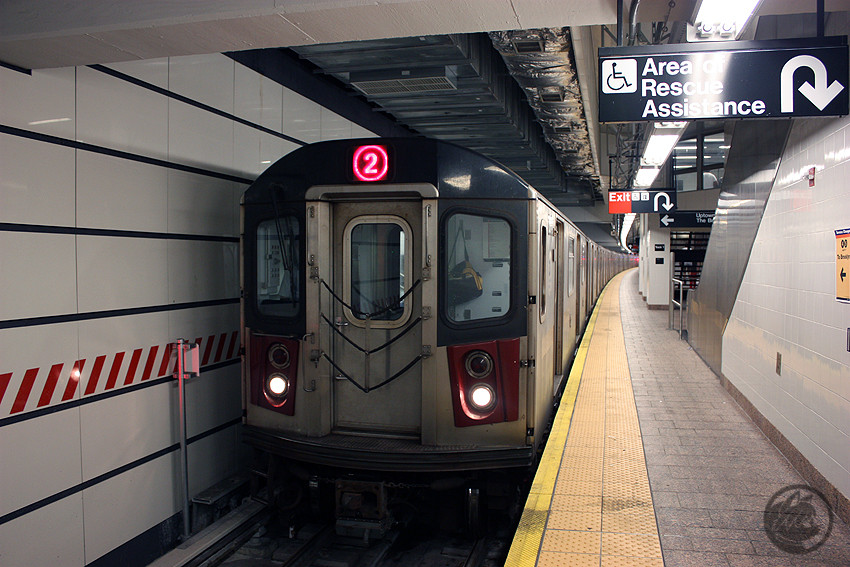 (191k, 850x567)<br><b>Country:</b> United States<br><b>City:</b> New York<br><b>System:</b> New York City Transit<br><b>Line:</b> IRT West Side Line<br><b>Location:</b> South Ferry (New Station) <br><b>Route:</b> 2<br><b>Car:</b> R-142 or R-142A (Number Unknown)  <br><b>Photo by:</b> Jon Lebowitz<br><b>Date:</b> 6/6/2010<br><b>Viewed (this week/total):</b> 5 / 1159