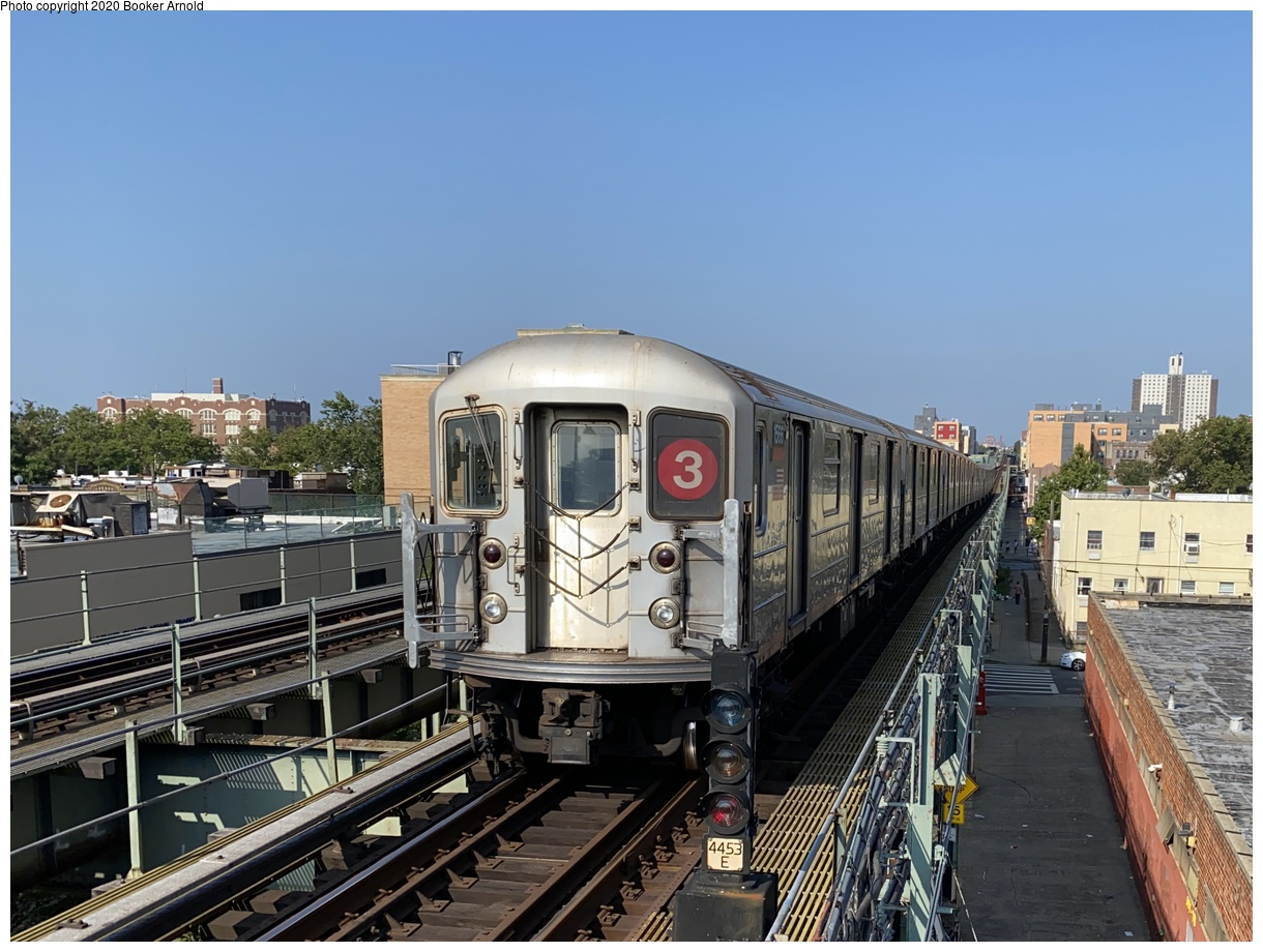 (233k, 1024x701)<br><b>Country:</b> United States<br><b>City:</b> New York<br><b>System:</b> New York City Transit<br><b>Line:</b> IRT Dyre Ave. Line<br><b>Location:</b> Baychester Avenue <br><b>Route:</b> 5<br><b>Car:</b> R-15 (American Car & Foundry, 1950) 6219 <br><b>Collection of:</b> George Conrad Collection<br><b>Date:</b> 10/20/1970<br><b>Viewed (this week/total):</b> 1 / 1663