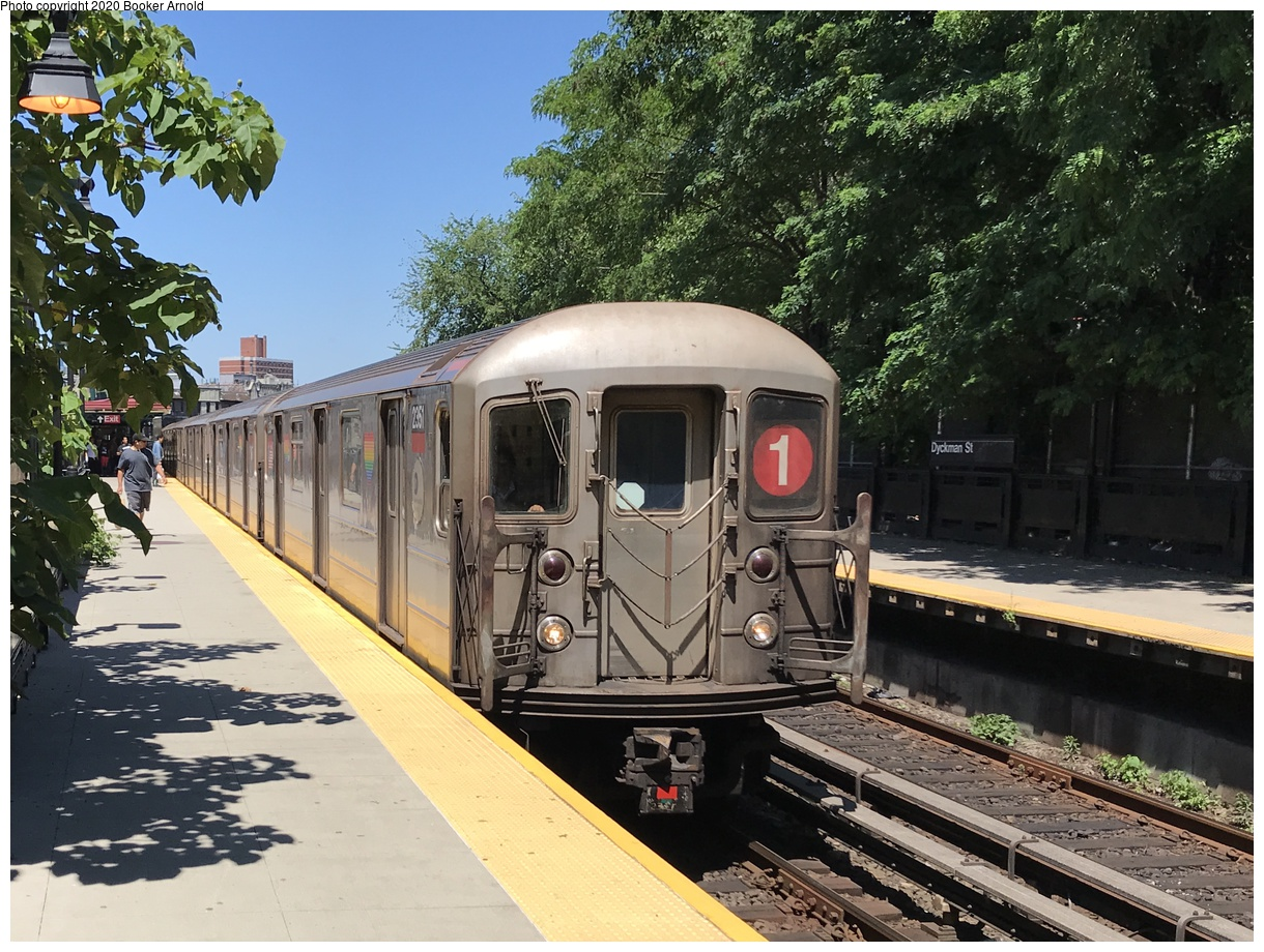 (200k, 1024x666)<br><b>Country:</b> United States<br><b>City:</b> New York<br><b>System:</b> New York City Transit<br><b>Line:</b> IRT Flushing Line<br><b>Location:</b> Court House Square/45th Road <br><b>Route:</b> 7<br><b>Car:</b> R-12 (American Car & Foundry, 1948)  <br><b>Collection of:</b> George Conrad Collection<br><b>Date:</b> 5/6/1962<br><b>Viewed (this week/total):</b> 14 / 1849