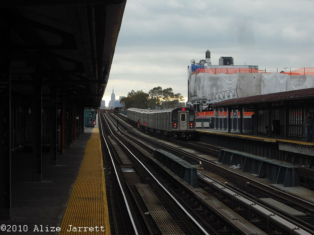 (123k, 1024x768)<br><b>Country:</b> United States<br><b>City:</b> New York<br><b>System:</b> New York City Transit<br><b>Line:</b> IRT Woodlawn Line<br><b>Location:</b> Mt. Eden Avenue <br><b>Route:</b> 4<br><b>Car:</b> R-142 or R-142A (Number Unknown)  <br><b>Photo by:</b> Alize Jarrett<br><b>Date:</b> 11/5/2010<br><b>Viewed (this week/total):</b> 0 / 382