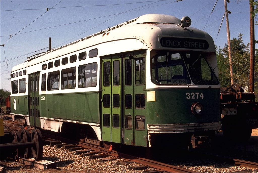 (247k, 1024x688)<br><b>Country:</b> United States<br><b>City:</b> Kennebunk, ME<br><b>System:</b> Seashore Trolley Museum <br><b>Car:</b> MBTA/BSRy PCC Post-War Picture Window (Pullman-Standard, 1951)  3274 <br><b>Photo by:</b> Gerald H. Landau<br><b>Collection of:</b> Joe Testagrose<br><b>Date:</b> 5/24/1981<br><b>Viewed (this week/total):</b> 0 / 488