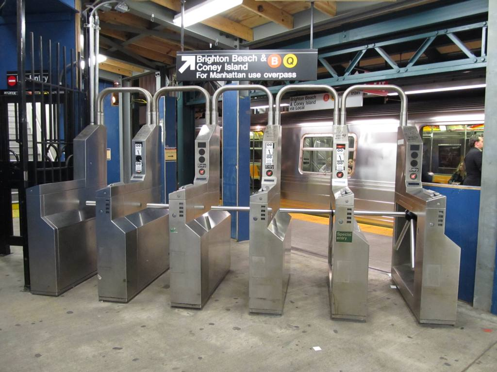 (114k, 1024x768)<br><b>Country:</b> United States<br><b>City:</b> New York<br><b>System:</b> New York City Transit<br><b>Line:</b> BMT Brighton Line<br><b>Location:</b> Avenue J <br><b>Photo by:</b> Robbie Rosenfeld<br><b>Date:</b> 10/28/2010<br><b>Viewed (this week/total):</b> 0 / 716