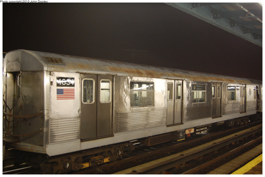 (216k, 1044x699)<br><b>Country:</b> United States<br><b>City:</b> New York<br><b>System:</b> New York City Transit<br><b>Line:</b> BMT Nassau Street/Jamaica Line<br><b>Location:</b> 111th Street <br><b>Route:</b> J layup<br><b>Car:</b> R-42 (St. Louis, 1969-1970)  4834 <br><b>Photo by:</b> John Dooley<br><b>Date:</b> 11/30/2010<br><b>Viewed (this week/total):</b> 2 / 340