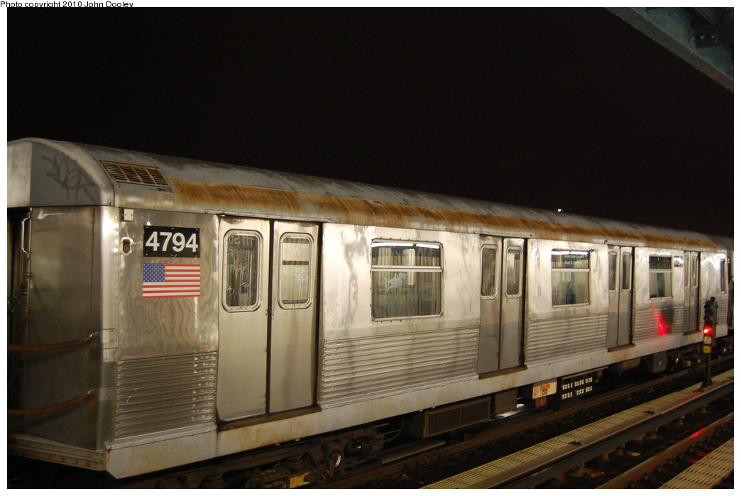 (214k, 1044x699)<br><b>Country:</b> United States<br><b>City:</b> New York<br><b>System:</b> New York City Transit<br><b>Line:</b> BMT Nassau Street/Jamaica Line<br><b>Location:</b> 111th Street <br><b>Route:</b> J layup<br><b>Car:</b> R-42 (St. Louis, 1969-1970)  4794 <br><b>Photo by:</b> John Dooley<br><b>Date:</b> 11/30/2010<br><b>Viewed (this week/total):</b> 3 / 238