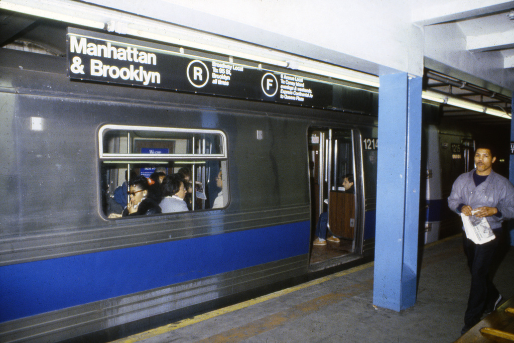 (254k, 1024x688)<br><b>Country:</b> United States<br><b>City:</b> New York<br><b>System:</b> New York City Transit<br><b>Line:</b> IND Queens Boulevard Line<br><b>Location:</b> Union Turnpike/Kew Gardens <br><b>Route:</b> F<br><b>Car:</b> R-46 (Pullman-Standard, 1974-75) 1214 <br><b>Collection of:</b> Collection of nycsubway.org <br><b>Notes:</b> 1980s<br><b>Viewed (this week/total):</b> 6 / 2204