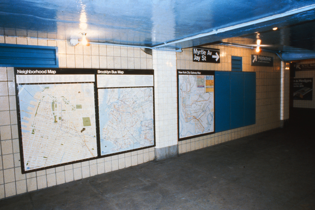 (258k, 1024x693)<br><b>Country:</b> United States<br><b>City:</b> New York<br><b>System:</b> New York City Transit<br><b>Line:</b> IND 8th Avenue Line<br><b>Location:</b> Jay St./Metrotech (Borough Hall) <br><b>Collection of:</b> Collection of nycsubway.org <br><b>Notes:</b> 1980s<br><b>Viewed (this week/total):</b> 4 / 1382