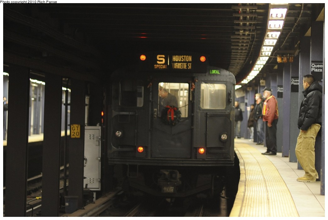(123k, 1044x702)<br><b>Country:</b> United States<br><b>City:</b> New York<br><b>System:</b> New York City Transit<br><b>Line:</b> IND Queens Boulevard Line<br><b>Location:</b> Queens Plaza <br><b>Route:</b> Fan Trip<br><b>Car:</b> R-1 (American Car & Foundry, 1930-1931) 381 <br><b>Photo by:</b> Richard Panse<br><b>Date:</b> 12/5/2010<br><b>Notes:</b> Nostalgia train- Sunday Shoppers Special<br><b>Viewed (this week/total):</b> 2 / 671