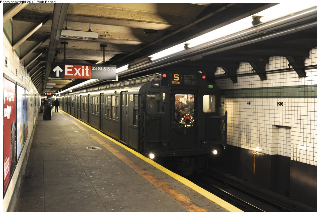 (190k, 1044x701)<br><b>Country:</b> United States<br><b>City:</b> New York<br><b>System:</b> New York City Transit<br><b>Line:</b> IND 6th Avenue Line<br><b>Location:</b> 23rd Street <br><b>Route:</b> Fan Trip<br><b>Car:</b> R-4 (American Car & Foundry, 1932-1933) 401 <br><b>Photo by:</b> Richard Panse<br><b>Date:</b> 12/5/2010<br><b>Notes:</b> Nostalgia train- Sunday Shoppers Special<br><b>Viewed (this week/total):</b> 1 / 498
