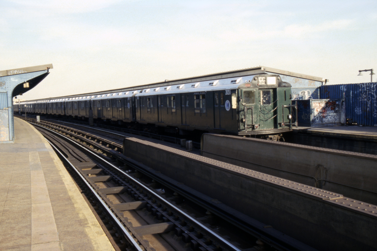 (232k, 1024x688)<br><b>Country:</b> United States<br><b>City:</b> New York<br><b>System:</b> New York City Transit<br><b>Line:</b> IND Fulton Street Line<br><b>Location:</b> Rockaway Boulevard <br><b>Route:</b> CC<br><b>Car:</b> R-10 (American Car & Foundry, 1948) 3031 <br><b>Collection of:</b> Collection of nycsubway.org <br><b>Notes:</b> 1980s<br><b>Viewed (this week/total):</b> 2 / 2221