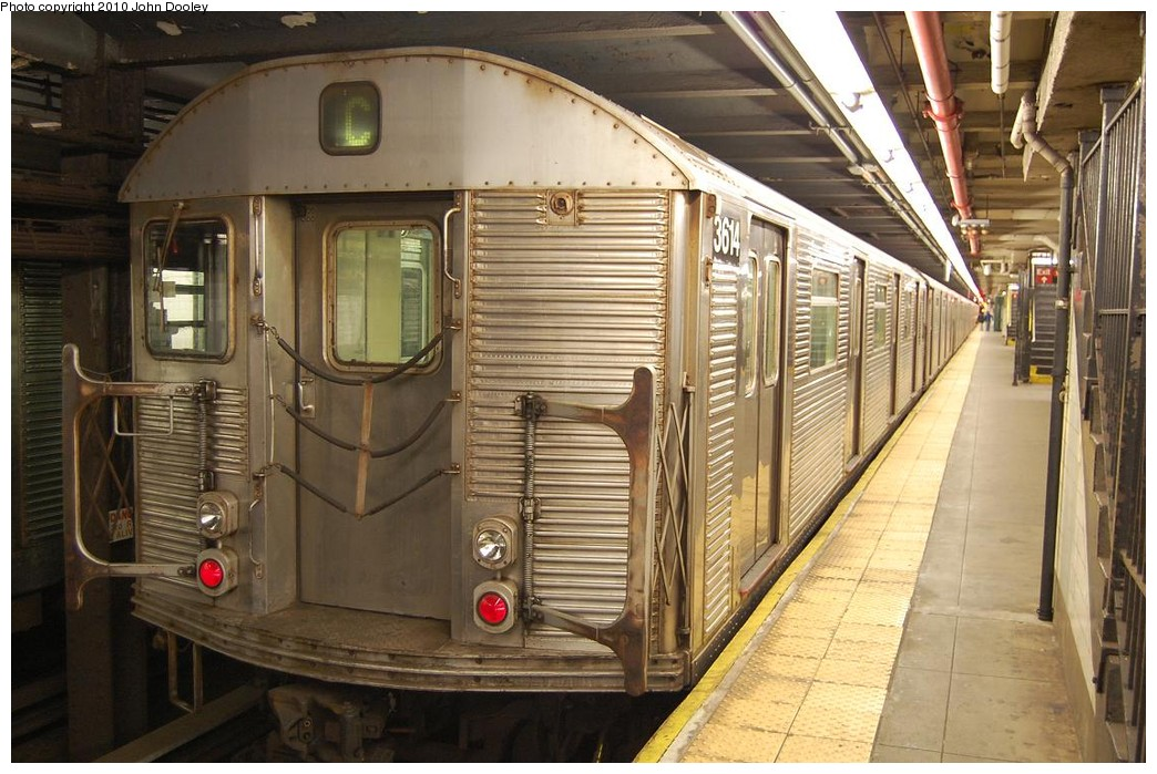 (241k, 1044x699)<br><b>Country:</b> United States<br><b>City:</b> New York<br><b>System:</b> New York City Transit<br><b>Line:</b> IND 8th Avenue Line<br><b>Location:</b> 168th Street <br><b>Route:</b> C<br><b>Car:</b> R-32 (Budd, 1964)  3614 <br><b>Photo by:</b> John Dooley<br><b>Date:</b> 12/3/2010<br><b>Viewed (this week/total):</b> 0 / 843
