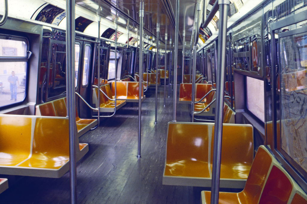 (166k, 1024x675)<br><b>Country:</b> United States<br><b>City:</b> New York<br><b>System:</b> New York City Transit<br><b>Car:</b> R-68/R-68A Series (Number Unknown) Interior <br><b>Collection of:</b> Collection of nycsubway.org <br><b>Notes:</b> 1980s<br><b>Viewed (this week/total):</b> 9 / 1098