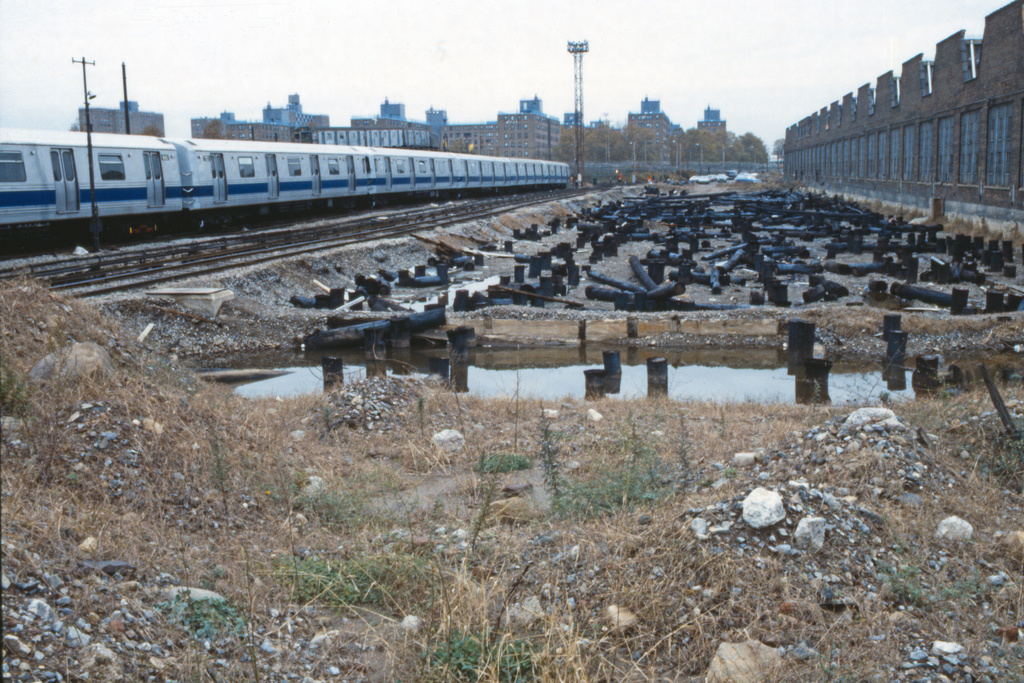 (310k, 1024x690)<br><b>Country:</b> United States<br><b>City:</b> New York<br><b>System:</b> New York City Transit<br><b>Location:</b> Coney Island Yard<br><b>Car:</b> R-46 (Pullman-Standard, 1974-75)  <br><b>Collection of:</b> Collection of nycsubway.org <br><b>Notes:</b> Inspection shop construction.<br><b>Viewed (this week/total):</b> 3 / 1433
