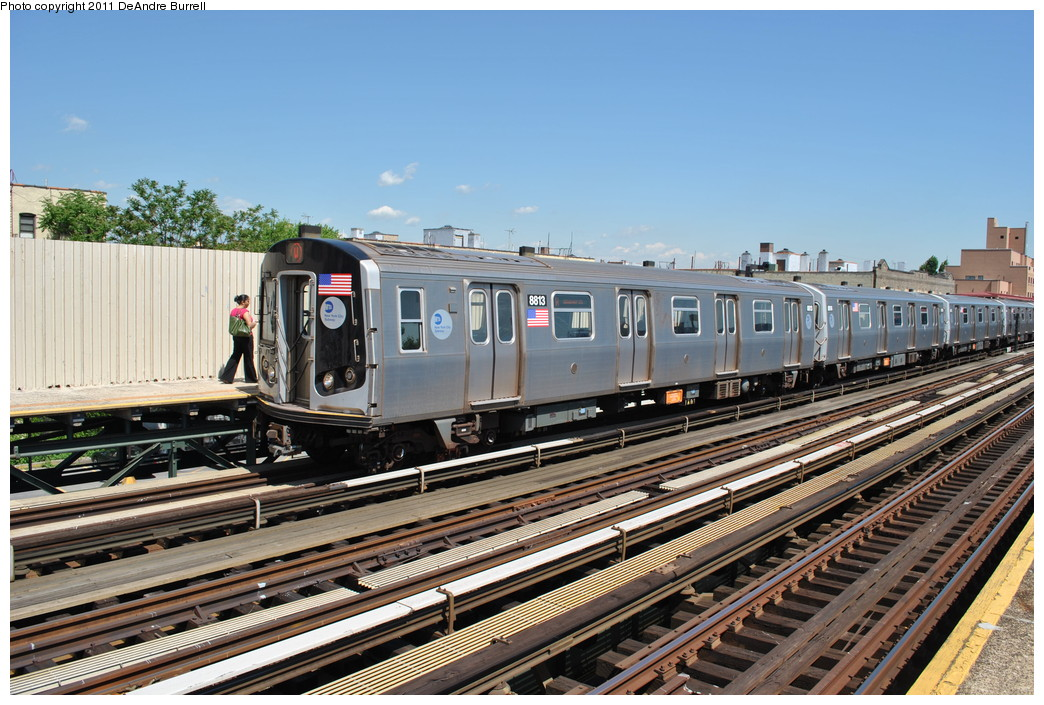 (298k, 1044x705)<br><b>Country:</b> United States<br><b>City:</b> New York<br><b>System:</b> New York City Transit<br><b>Line:</b> BMT Astoria Line<br><b>Location:</b> Broadway <br><b>Route:</b> W<br><b>Car:</b> R-160B (Kawasaki, 2005-2008)  8813 <br><b>Photo by:</b> DeAndre Burrell<br><b>Date:</b> 5/3/2010<br><b>Viewed (this week/total):</b> 3 / 631