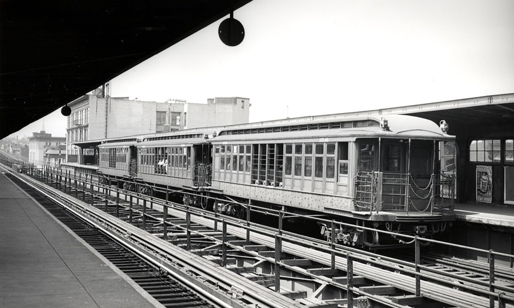 (165k, 1024x613)<br><b>Country:</b> United States<br><b>City:</b> New York<br><b>System:</b> New York City Transit<br><b>Line:</b> BMT Myrtle Avenue Line<br><b>Location:</b> Knickerbocker Avenue <br><b>Car:</b> BMT Elevated Gate Car 1341 <br><b>Date:</b> 8/3/1957<br><b>Viewed (this week/total):</b> 0 / 325